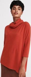 Czerwona bluzka Reserved z golfem w stylu casual z długim rękawem