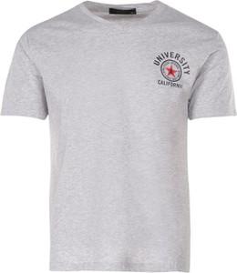 T-shirt born2be w stylu casual