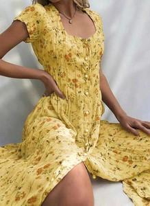 Sukienka Cikelly z krótkim rękawem midi