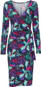 Sukienka bonprix z dekoltem w kształcie litery v z długim rękawem w stylu casual