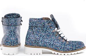 Niebieskie trapery damskie Zapato na obcasie ze skóry