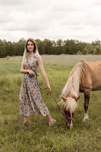 Sukienka Far Far Łódź z tkaniny w stylu boho
