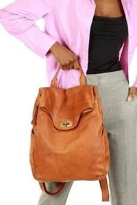 Brązowa torebka Merg na ramię ze skóry w stylu boho
