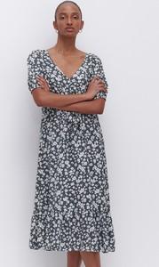 Turkusowa sukienka Reserved midi w stylu casual