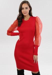 Sukienka born2be dopasowana z długim rękawem mini