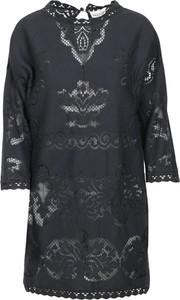 Czarna sukienka Valentino