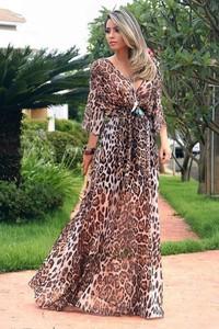 Sukienka IVET.PL maxi z długim rękawem z okrągłym dekoltem