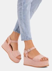 Różowe sandały DeeZee z klamrami
