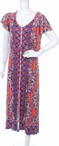 Sukienka Millers z krótkim rękawem maxi z dekoltem w kształcie litery v