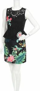 Sukienka 101 Idees z okrągłym dekoltem bez rękawów