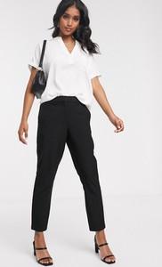Czarne spodnie Vero Moda w stylu klasycznym