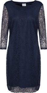 Sukienka Vila z długim rękawem z okrągłym dekoltem