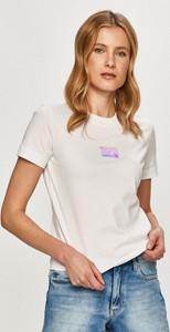 Bluzka Calvin Klein z bawełny z okrągłym dekoltem