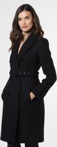 Czarny płaszcz Drykorn