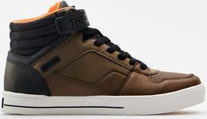 Cropp - Wysokie sneakersy - Brązowy