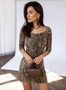 Brązowa sukienka SELFIEROOM z okrągłym dekoltem w stylu casual