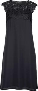 Sukienka bonprix bpc selection premium w koronkowe wzory na imprezę z szyfonu