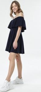 Granatowa sukienka born2be mini