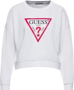 Bluza Guess w młodzieżowym stylu krótka