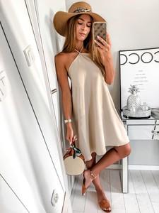 Sukienka L'Amour w stylu casual oversize bez rękawów