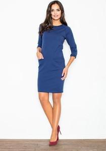 Niebieska sukienka Figl z okrągłym dekoltem z długim rękawem