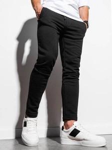 Czarne spodnie sportowe Ombre z dresówki
