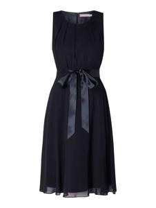 840ecb8594 Sukienki typu mała czarna