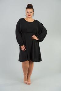 Czarna sukienka KARKO midi z długim rękawem dla puszystych