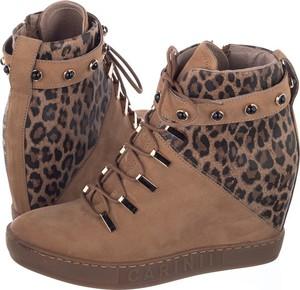 2dcb73eaf01f Sneakersy Carinii