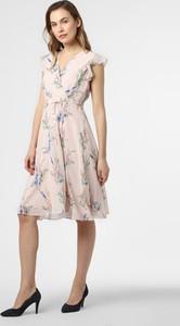 Różowa sukienka comma, z dekoltem w kształcie litery v rozkloszowana