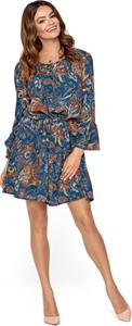 Sukienka Kartes-moda z okrągłym dekoltem z długim rękawem z szyfonu