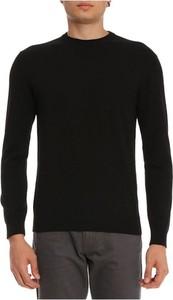 Czarny sweter Emporio Armani z okrągłym dekoltem