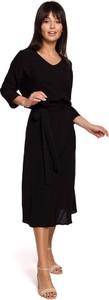 Czarna sukienka Merg z długim rękawem z dekoltem w kształcie litery v