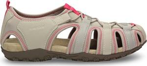Sandały Geox z płaską podeszwą w sportowym stylu sznurowane