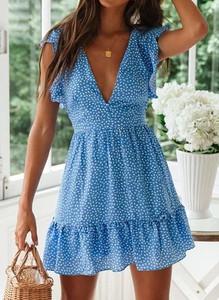 Sukienka Sandbella w stylu casual mini z dekoltem w kształcie litery v