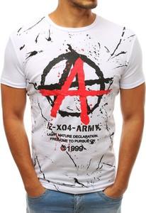 T-shirt Dstreet z nadrukiem z tkaniny