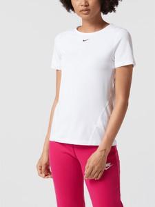 T-shirt Nike z okrągłym dekoltem w sportowym stylu z krótkim rękawem