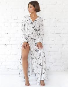Sukienka Piu maxi z długim rękawem