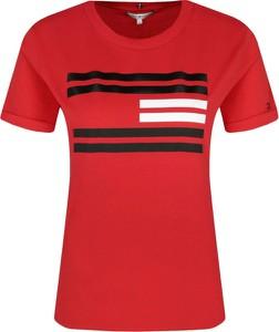 Czerwony t-shirt Tommy Hilfiger w stylu casual