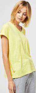 T-shirt Moodo w stylu casual z dekoltem w kształcie litery v