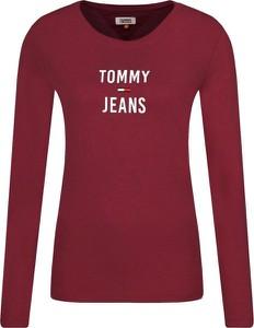 Czerwona bluzka Tommy Jeans z długim rękawem z okrągłym dekoltem