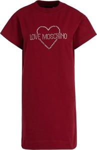 Czerwona sukienka Love Moschino w stylu casual z krótkim rękawem z okrągłym dekoltem