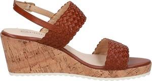 Sandały Caprice na platformie ze skóry