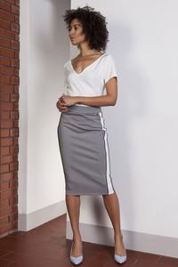 1cc8dd6cdc spódnica ołówkowa jaka bluzka - stylowo i modnie z Allani