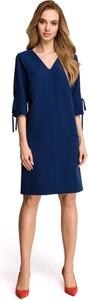 Granatowa sukienka Stylove z dekoltem w kształcie litery v midi