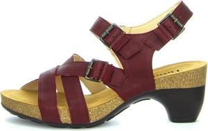 Czerwone sandały Think! ze skóry na średnim obcasie na obcasie