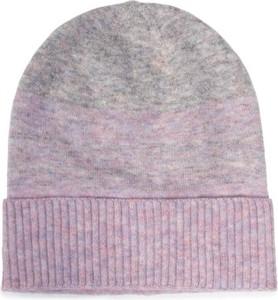 Różowa czapka Acccessories