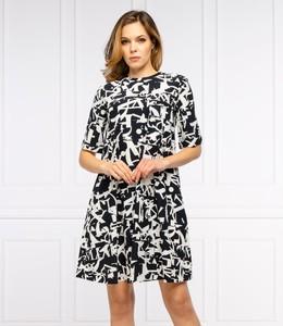 Sukienka Max & Co. w młodzieżowym stylu