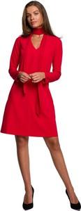 Czerwona sukienka Style z dekoltem w kształcie litery v z długim rękawem