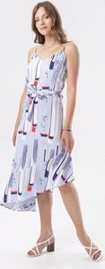 Niebieska sukienka born2be asymetryczna midi w stylu casual
